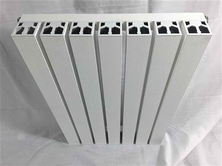 DQ Double Quick Capella Vertical Radiator